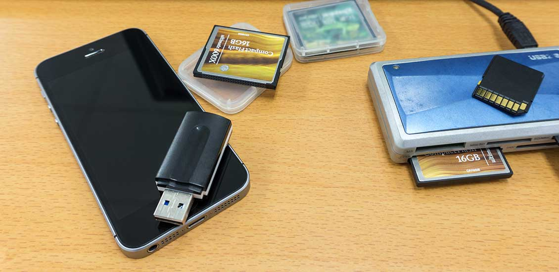iPhone-USBメモリー-SDカード